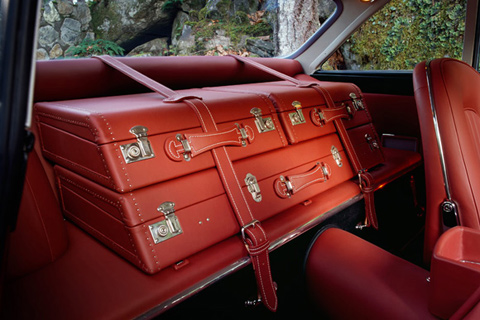 Craft Ideas Vintage Suitcase on Some Remarkable Luggage For Classic And Vintage Automobiles Using The
