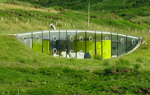 Exquisite-Underground-Malator-House-in-Wales-4