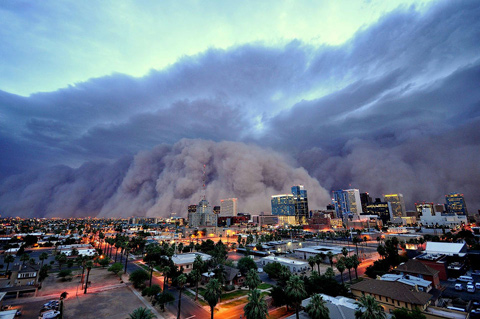 Freakish-dust-storm-on-the-west-coast-of-Australia-1