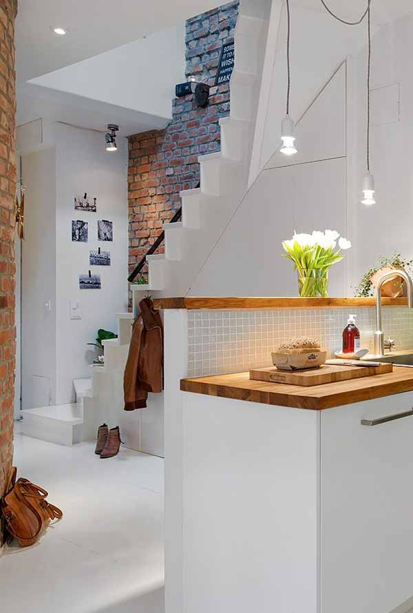 Home-Touch-With-Brick-Wall-23