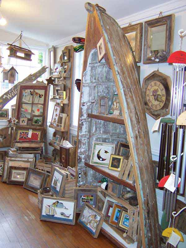 Bookcase-with-old-boat