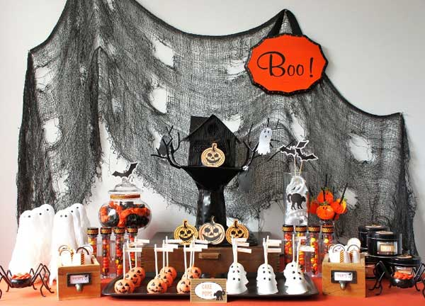 Decorate-your-Halloween-Table-1