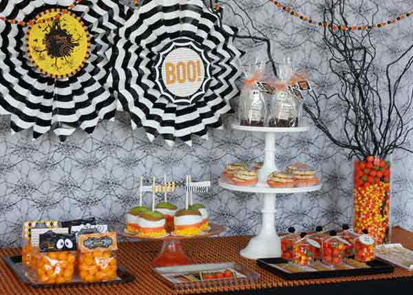 Decorate-your-Halloween-Table-12