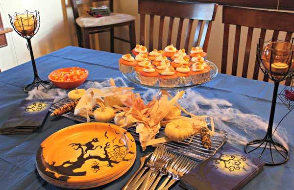 Decorate-your-Halloween-Table-17