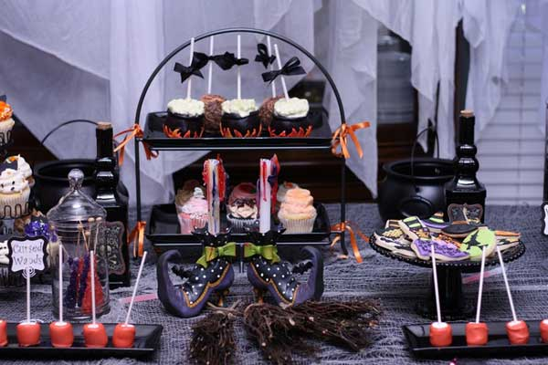 Decorate-your-Halloween-Table-24