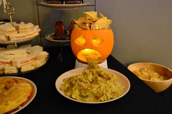 Decorate-your-Halloween-Table-7-2