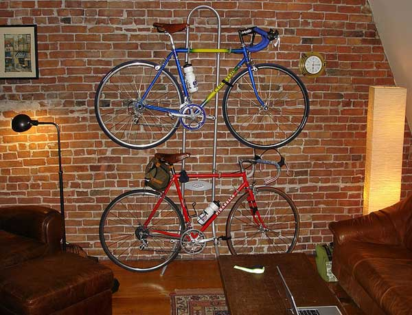 How-To-Park-Your-Bike-Indoors-04