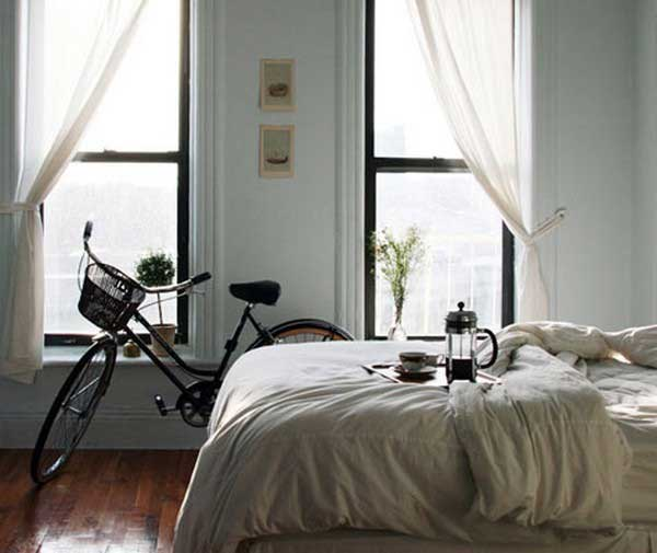 How-To-Park-Your-Bike-Indoors-06