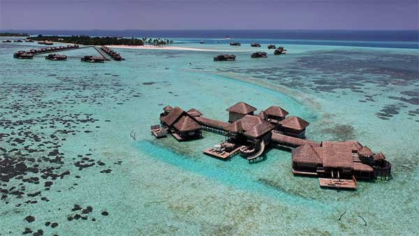 Intimate-Coral-Island-Resort-2