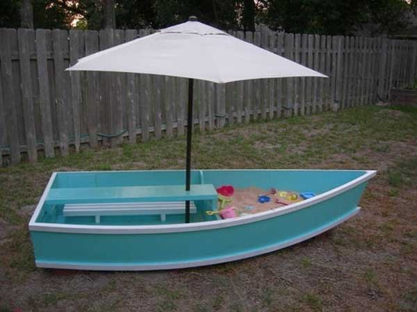 Repurposed-boat-for-the-kids