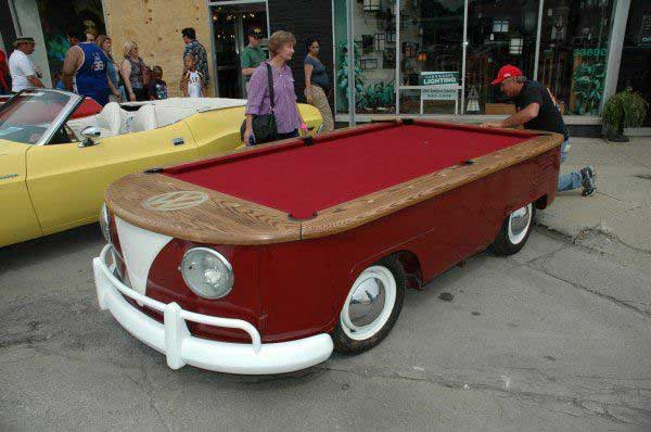 VW-Bus-Pool-Table