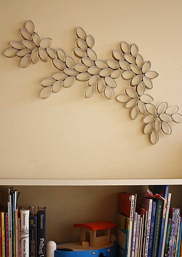 30 homemade toilet paper roll art ideas for your wall for Art and craft home decoration