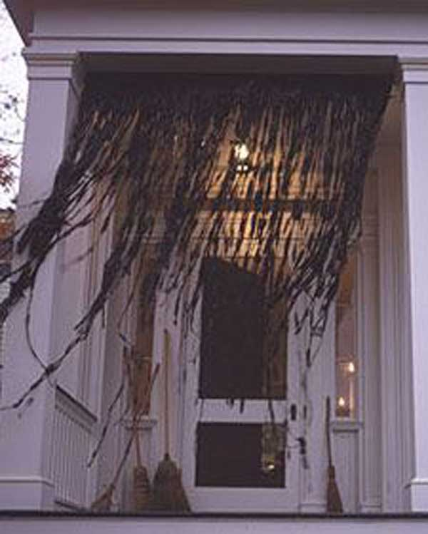 diy halloween items with trash bags 11 - Diy Scary Halloween Decorations Outdoor