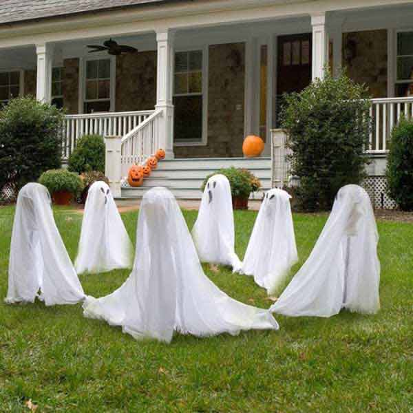 Diy-Halloween-items-With-Trash-Bags-4