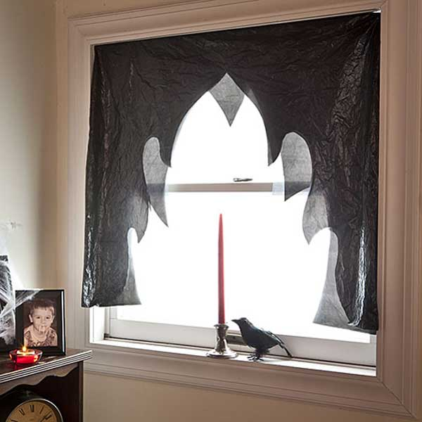 Diy-Halloween-items-With-Trash-Bags-9-2