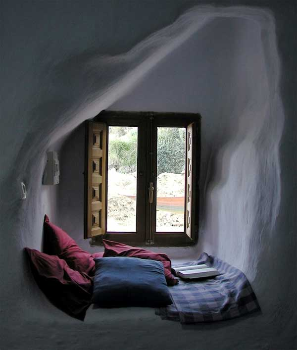 Inspiring-Window-Reading-Nook-8-2