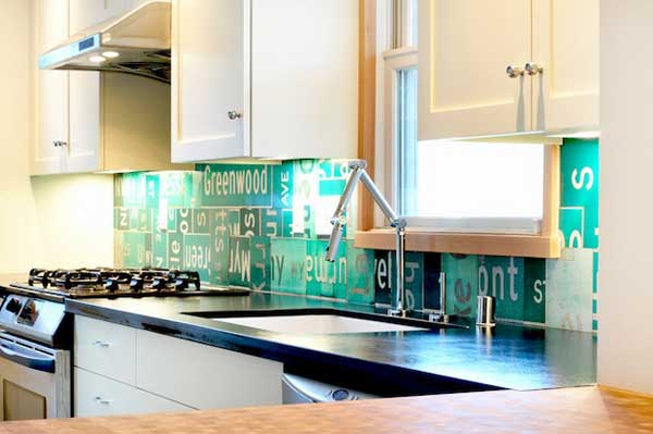 Unique kitchen backsplash pictures house furniture - Creative tile kitchen backsplash ideas ...