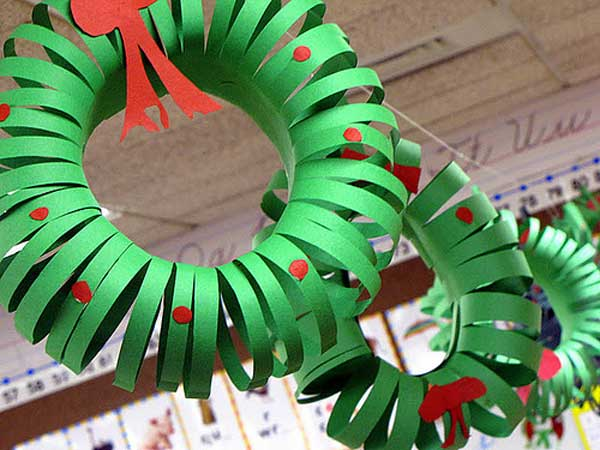Chances are the kids don't need any help getting in the holiday spirit, but choosing a few easy crafts to do together can make the whole season feel even more festive. This one gives kids the opportunity to enjoy the fruits of their labor every day for 25 days.