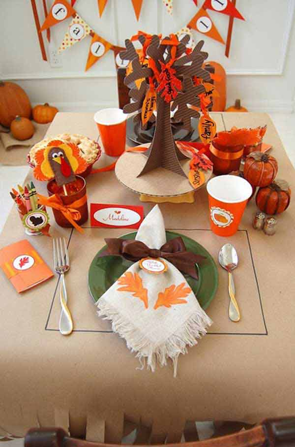Inspiring-Thanksgiving-Kids-Tables-10