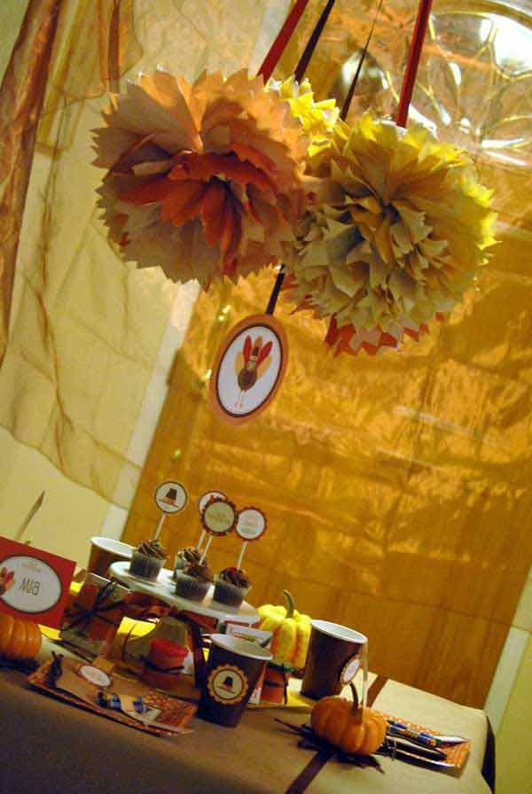 Inspiring-Thanksgiving-Kids-Tables-11