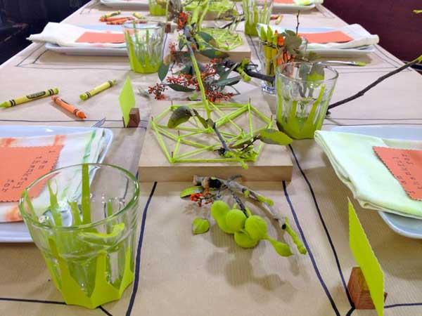 Inspiring-Thanksgiving-Kids-Tables-19