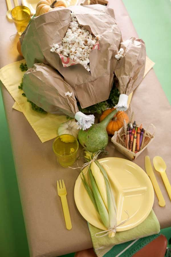 Inspiring-Thanksgiving-Kids-Tables-22