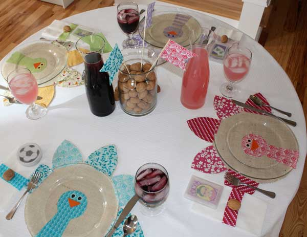 Inspiring-Thanksgiving-Kids-Tables-23