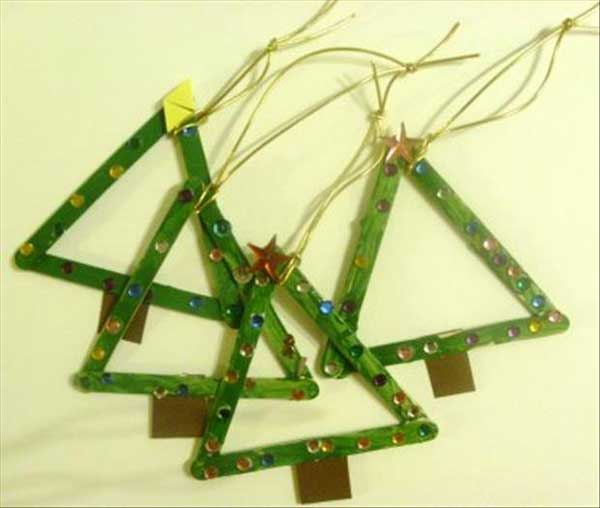 Christmas-crafts-to-Keep-Kids-busy-27