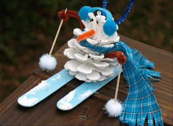 Christmas-crafts-to-Keep-Kids-busy-33