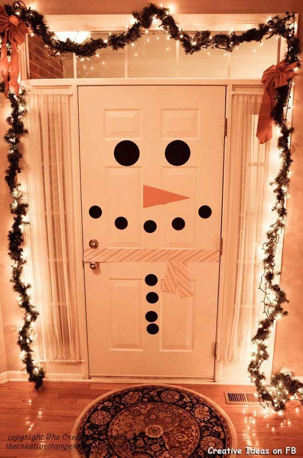 DIY Snowman Door Decor | 10 Last Minute DIY Christmas Decorations | Expressing Life