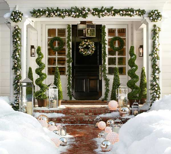 Marvelous Holiday Porch Decorating Ideas Part - 8: DIY-Christmas-Porch-Ideas-12