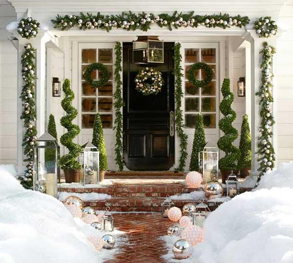 DIY-Christmas-Porch-Ideas-12