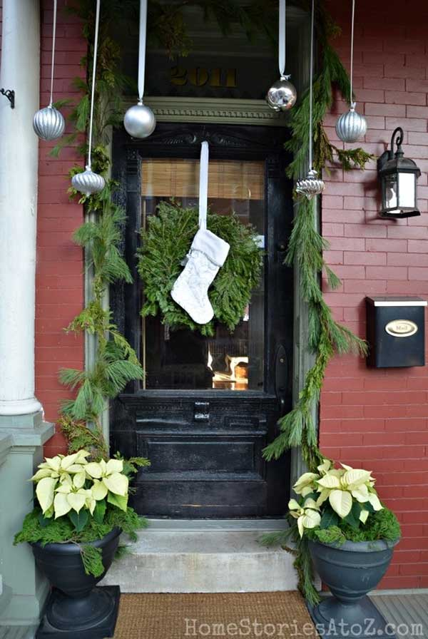 diy christmas porch ideas 40 - Christmas Porch Decor