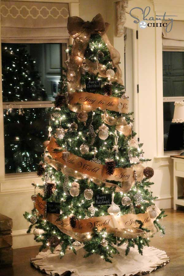 25 creative and beautiful christmas tree decorating ideas - Sapin de noel decore ...