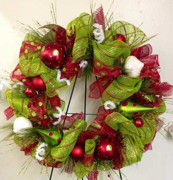 diy christmas wreath 33 - How To Make A Christmas Wreath