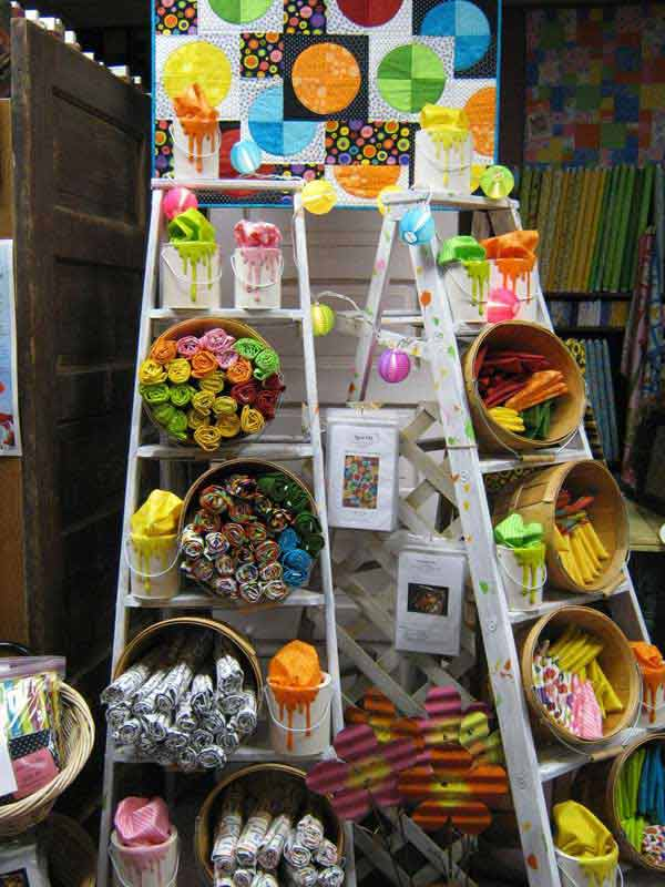 Diy-ways-to-reuse-an-old-ladder-25