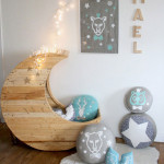 Cozy Wooden Shaped Moon Baby Crib