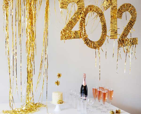Top 32 sparkling diy decoration ideas for new years eve party for Decoration new year