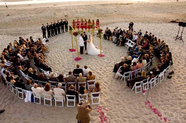 Impossibly-Interesting-Wedding-Ideas-23