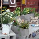DIY Outdoor Cinderblock Sofa