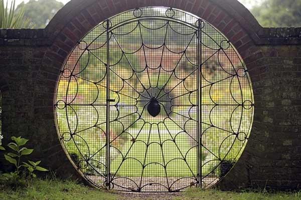 garden-gate-22
