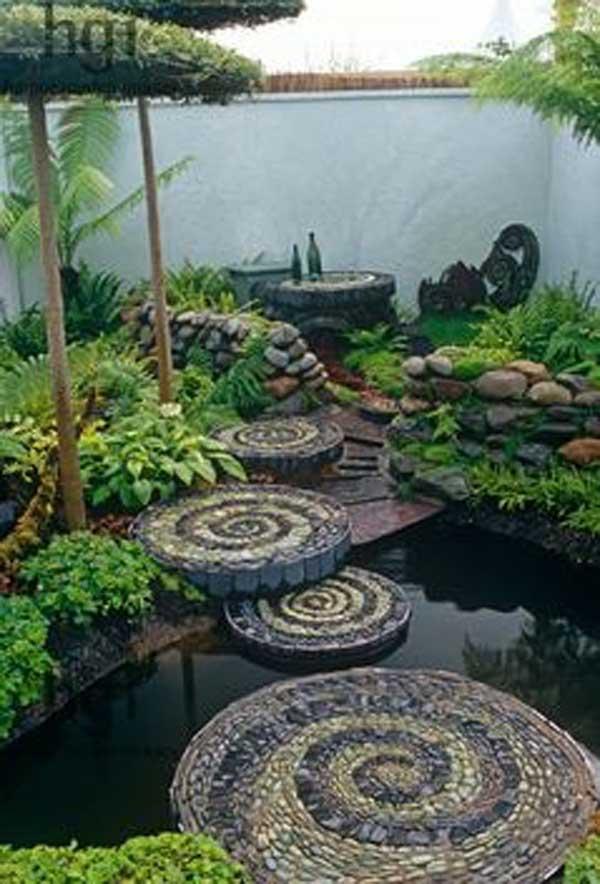 23 DIY Stepping Stones to Brighten Any Garden Walk ... on Backyard:uuezyx-Hy-8= Landscape Design  id=75395