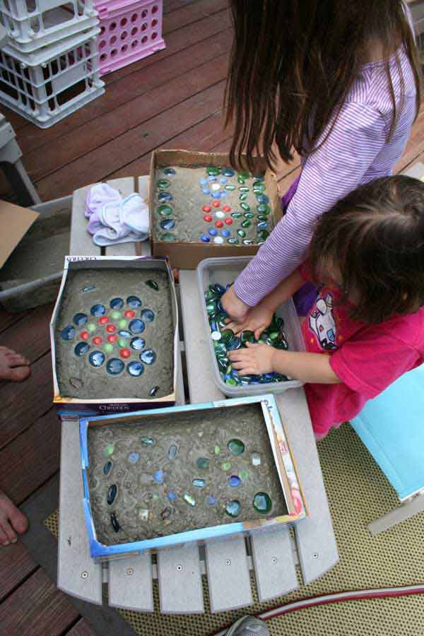 Cool-DIY-Stepping-Stone-5