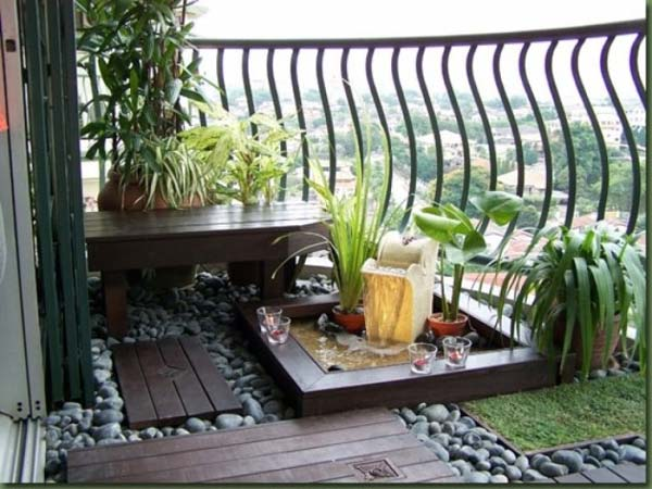 Charming Small Balcony Garden Ideas 1 ...