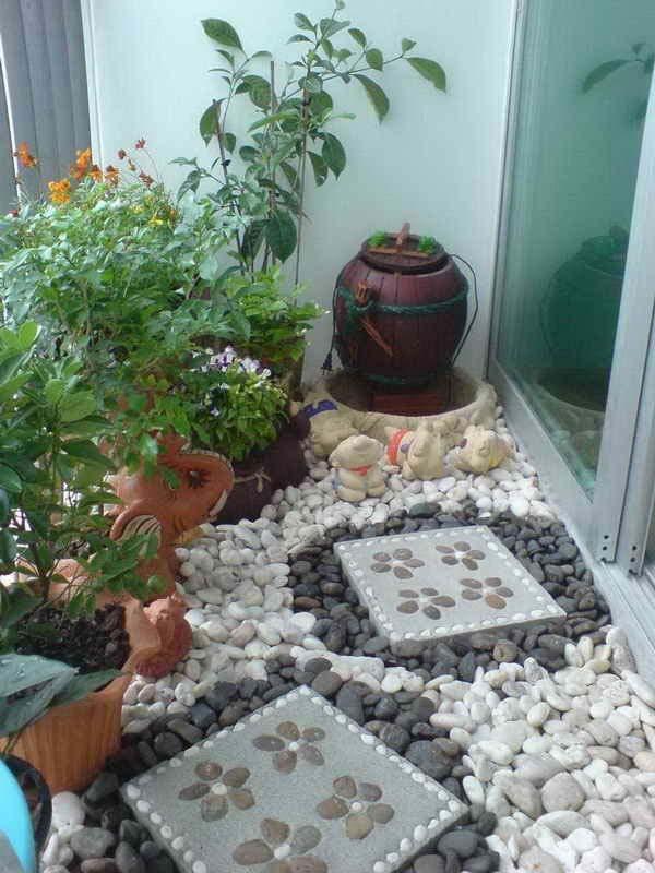 Small-Balcony-Garden-ideas-17