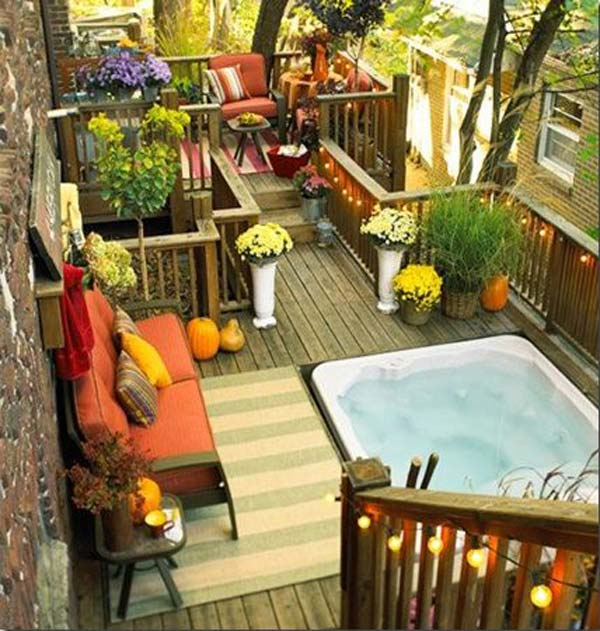 30 inspiring small balcony garden ideas amazing diy for Balcony hot tub