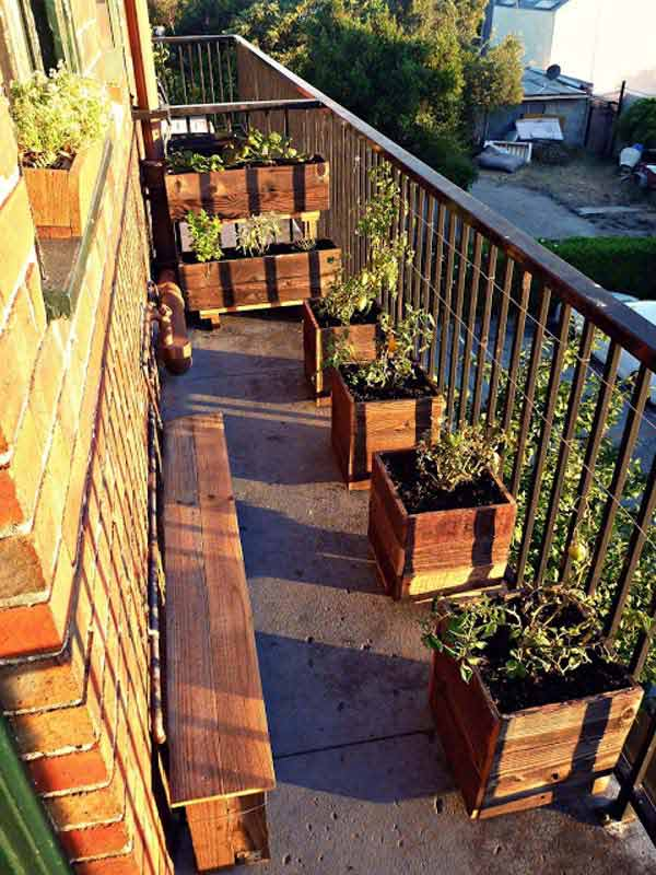 30 inspiring small balcony garden ideas amazing diy for How to decorate terrace with plants