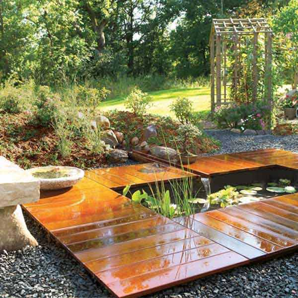 35 impressive backyard ponds and water gardens for Easy backyard pond