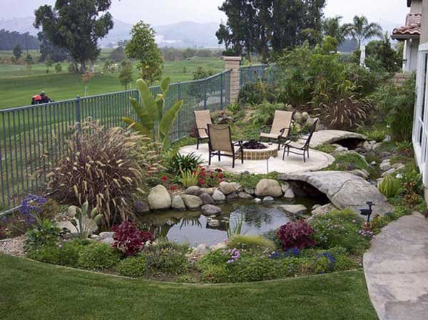 35 impressive backyard ponds and water gardens amazing for Outside pond ideas