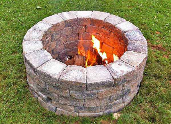 38 easy and fun diy fire pit ideas amazing diy interior for Pierre pour foyer exterieur